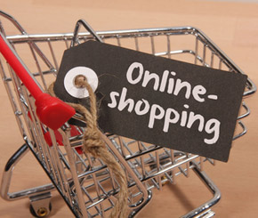 Mode und Elektronik im E-Commerce vorn - © mapoli-photo / Fotolia.com
