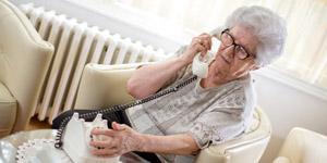 Senioren haben Probleme mit All-IP-Umstellung